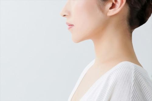 肌への効果を気にする女性