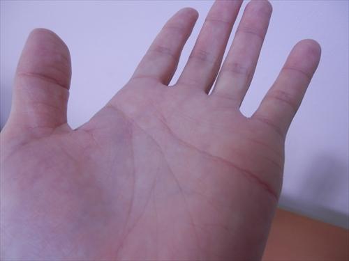ヴァーナルのダブル洗顔で手もいい状態